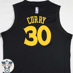 GOLDEN-STATE02_CURRY-web01