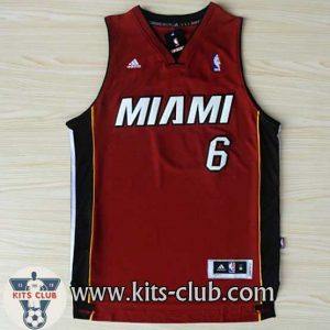 JAMES-MIAMI-RED-web-01