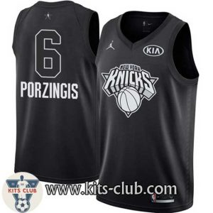 PORZINGIS-BLACK-web-01
