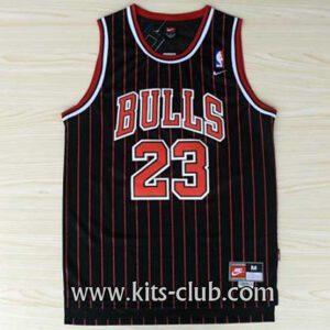 Jordan-BULLS-black-stripes-web-01-001