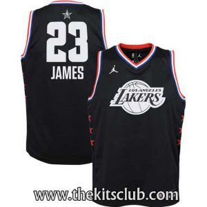 JAMES-BLACK-web-01