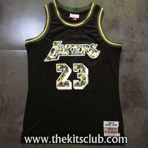 LAKERS-JAMES-BLACK-CAMO-web-01