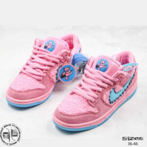 SB-DUNK-low-BEARS-pink-web-01