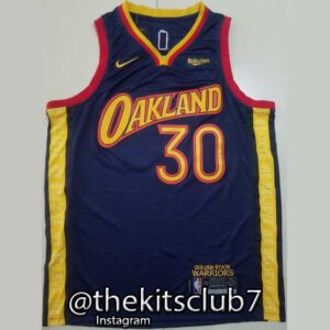 OAKLAND-CURRY-web-01