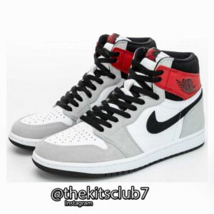 AJ1-HIGH-LIGHT-SMOKE-GREY-web-01