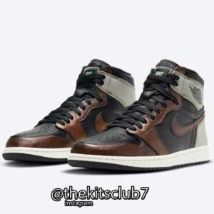 AJ1-HIGH-PATINA-web-01