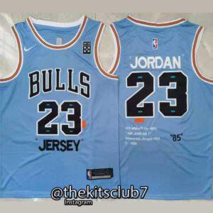 BULLS-JORDAN-OFF-WHITE-BLUE-web-01